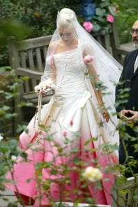 gwen-stefani-wedding-dress-photo
