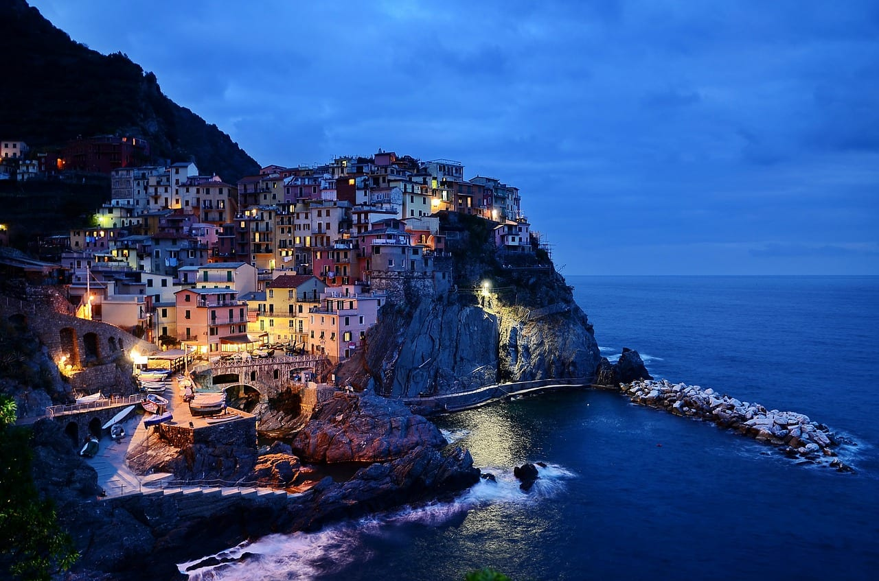 Places to visit while in Italy: Cinque Terre