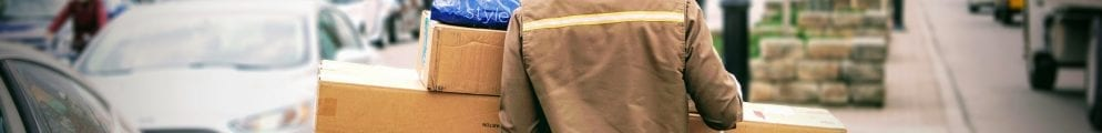 Parcel insurance from delivery service